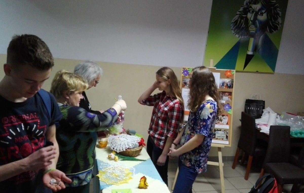 14 kwietnia 2017 – Kiermasz ciast i ozdób Wielkanocnych