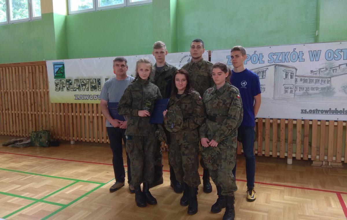 """23 maja 2018 – Uczniowie klasy mundurowej na zawodach """"Sprawni jak żołnierze"""""""