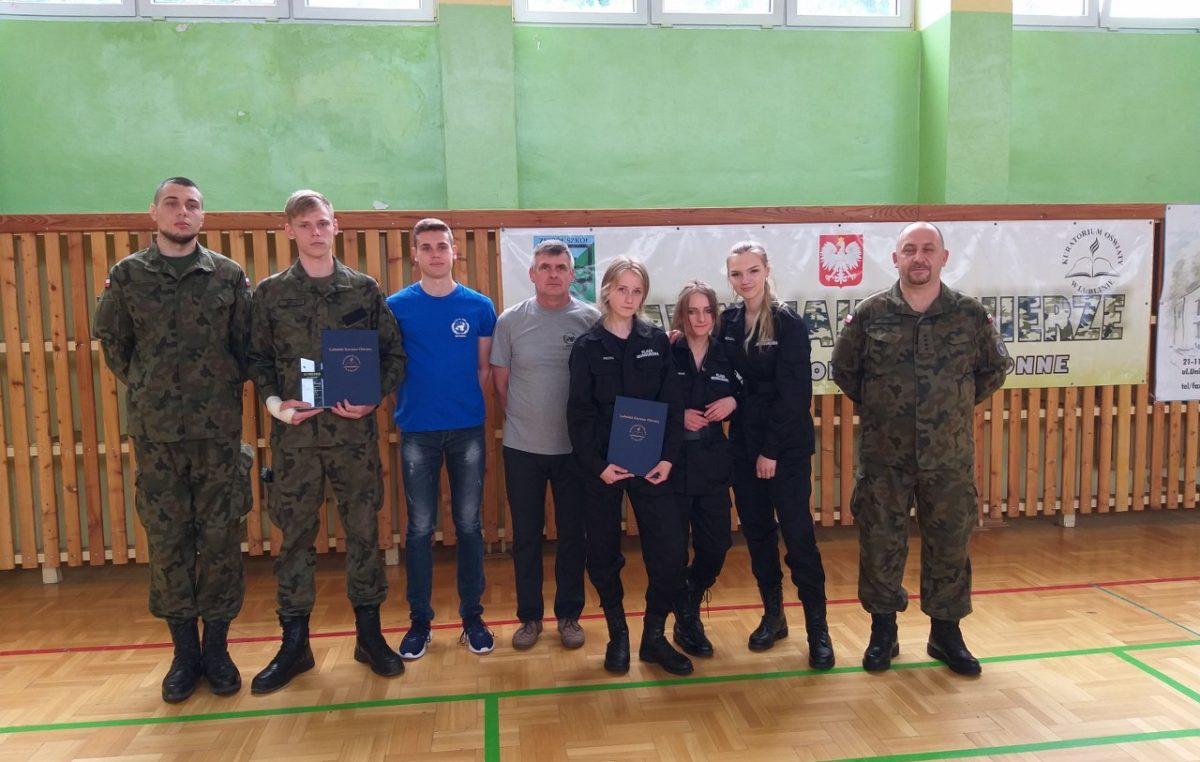 """23 maja 2019 – Uczniowie klasy mundurowej na zawodach """"Sprawni jak żołnierze"""""""