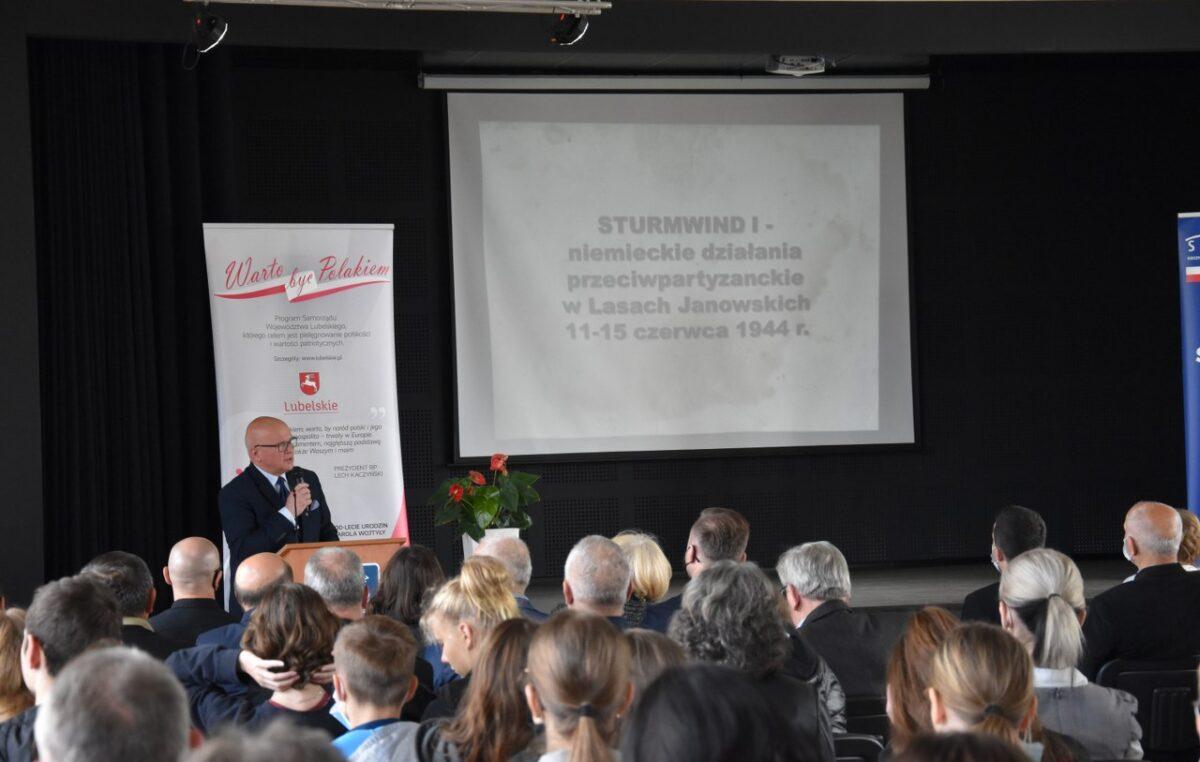 """23 września 2021 – Konferencja """"Akcja Sturmwind i bitwa pod Osuchami – czerwiec 1944 r."""""""